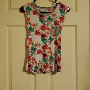 SMALL Zumiez Floral Cut Off